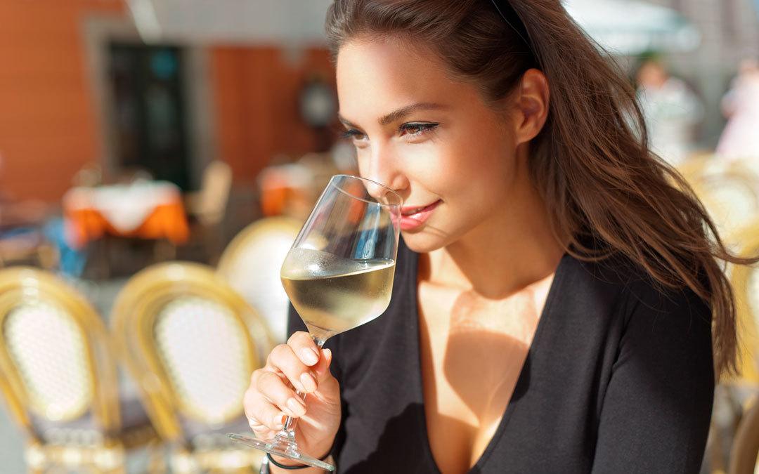 Come-degustare-un-vino_457583722