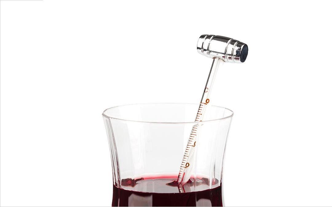 A che temperatura si serve il vino rosso?