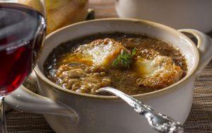 Quale vino abbinare alla zuppa di cipolle