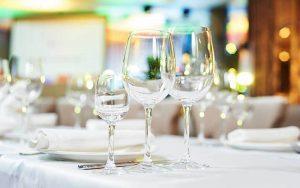 Come si mettono i bicchieri a tavola