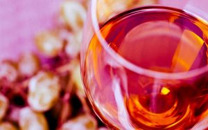 Come viene fatto il vino rosè