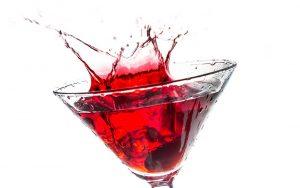 Cocktail vino rosso e gin