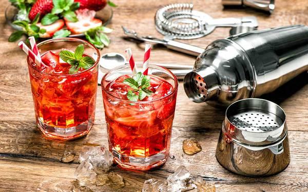 Cocktail con vino rosso