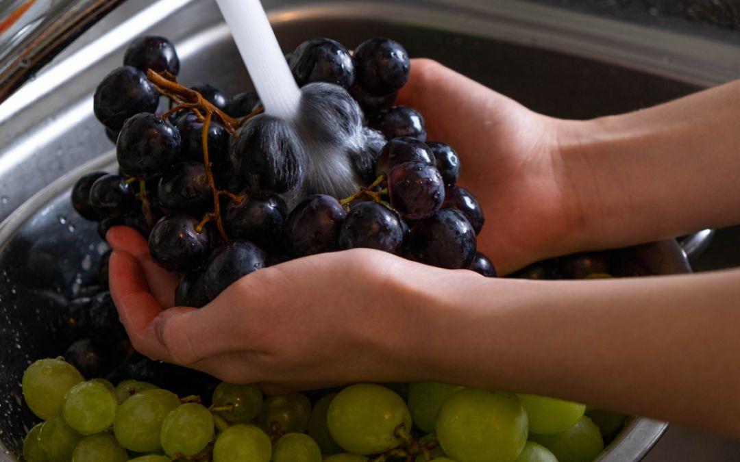 Come lavare l'uva