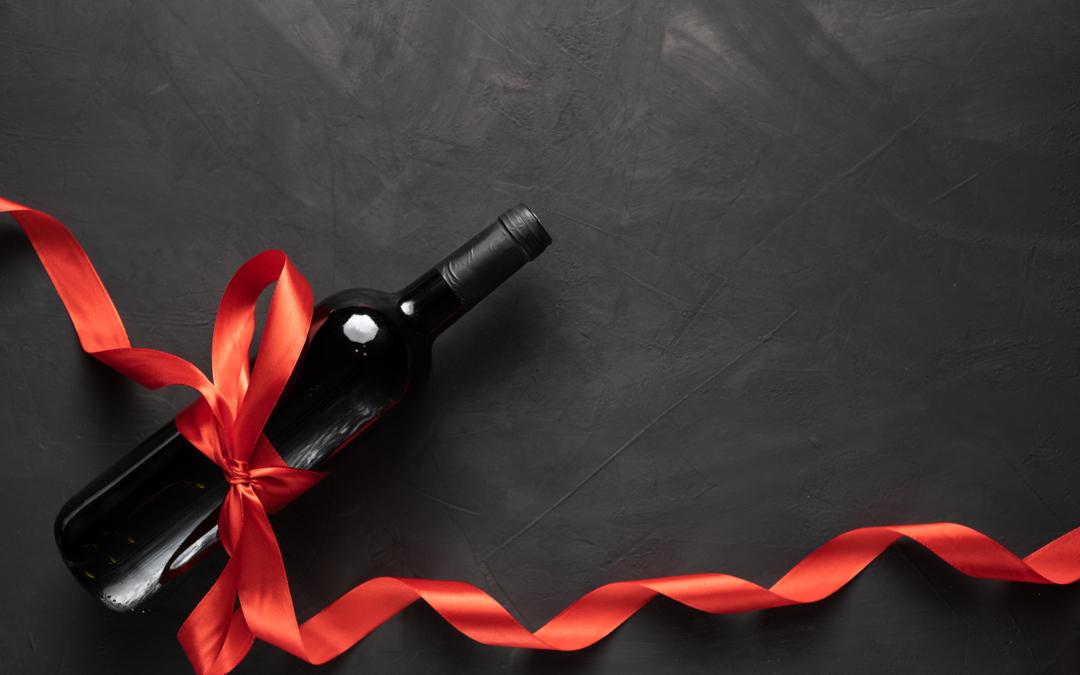 confezionare una bottiglia di vino per bomboniera