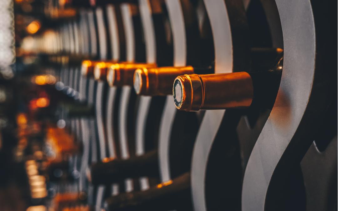 Come vendere bottiglie di vino da collezione
